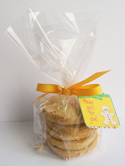 Wrapped-gifts-cookies_570
